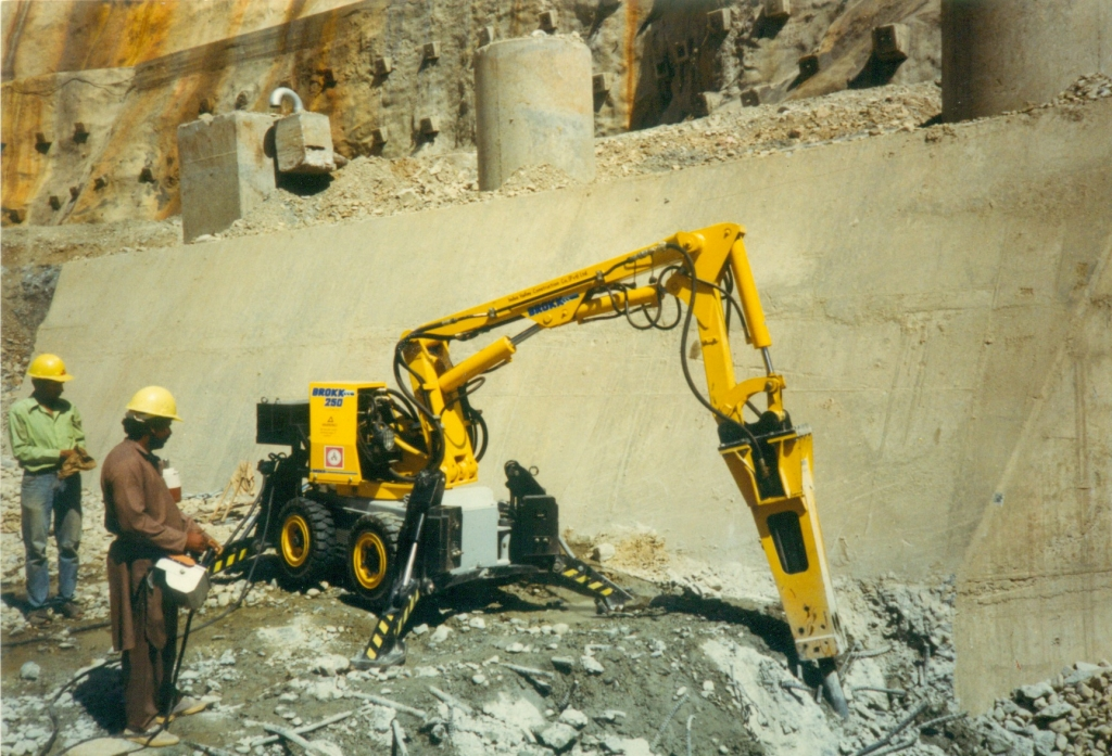 Brokke Concrete Demolition at Tarbela Powerhouse Extension in Pakistan
